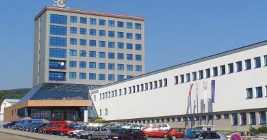 Im Bild das Produktionsgebäude von Slovenska Grafia